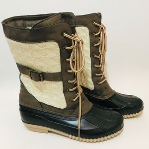 Maurices Gwen Lace Up Duck Boots Sz. 8